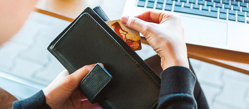 Revolving kreditna kartica